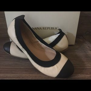 Banana Republic Aida Flats NEW IN BOX